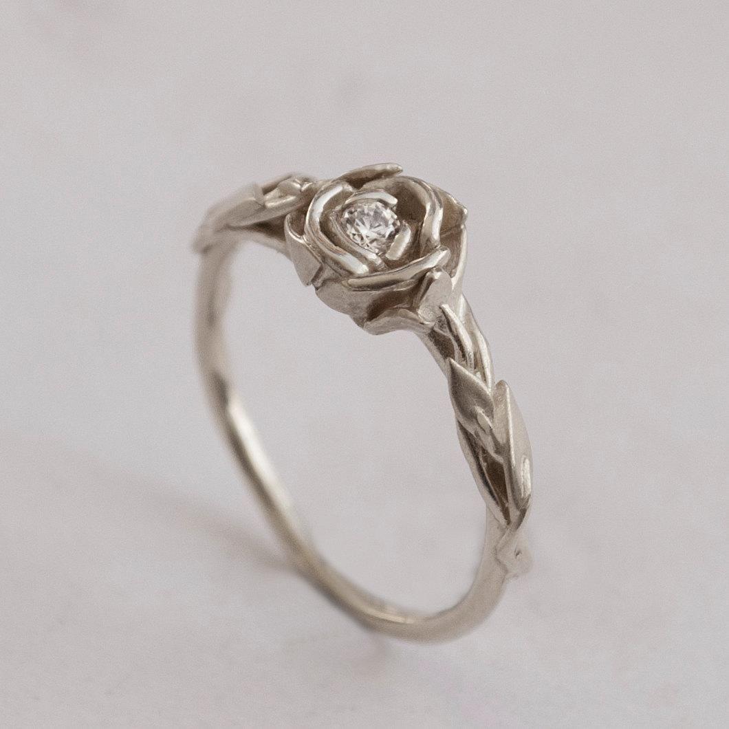 rosas convertidas en anillos de compromiso | quartz ring, white