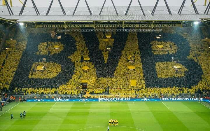 Borussia Dortmund Yellow Wall You Ll Never Walk Alone Amazing