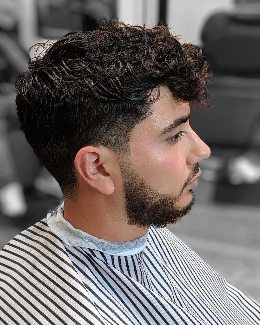 House Call Services Chicago Chicago S Best Mobile Barber Chicago Il Hair Beard Grooming In 2020 Beard Grooming Beard Line Mens Beard Grooming