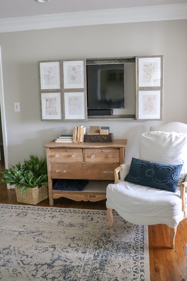 How to build a Wall Mounted TV Cabinet