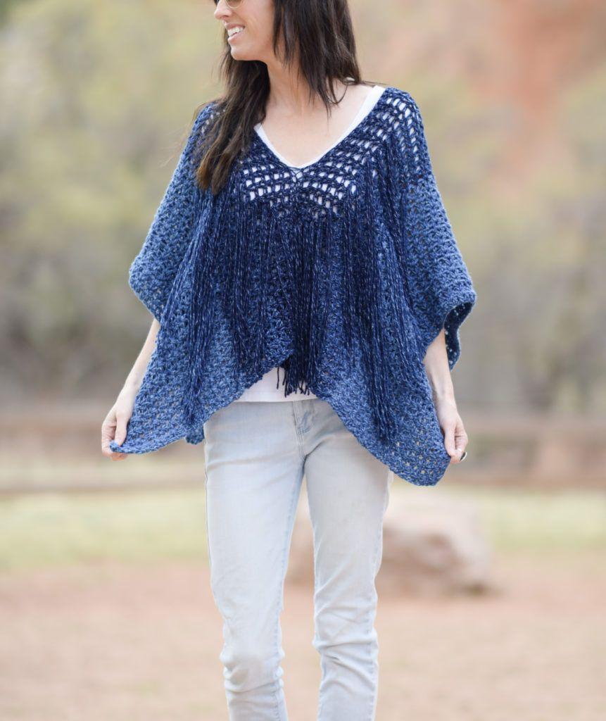 Azul V-Mesh Easy Crochet Poncho Pattern   Crochet poncho, Free ...