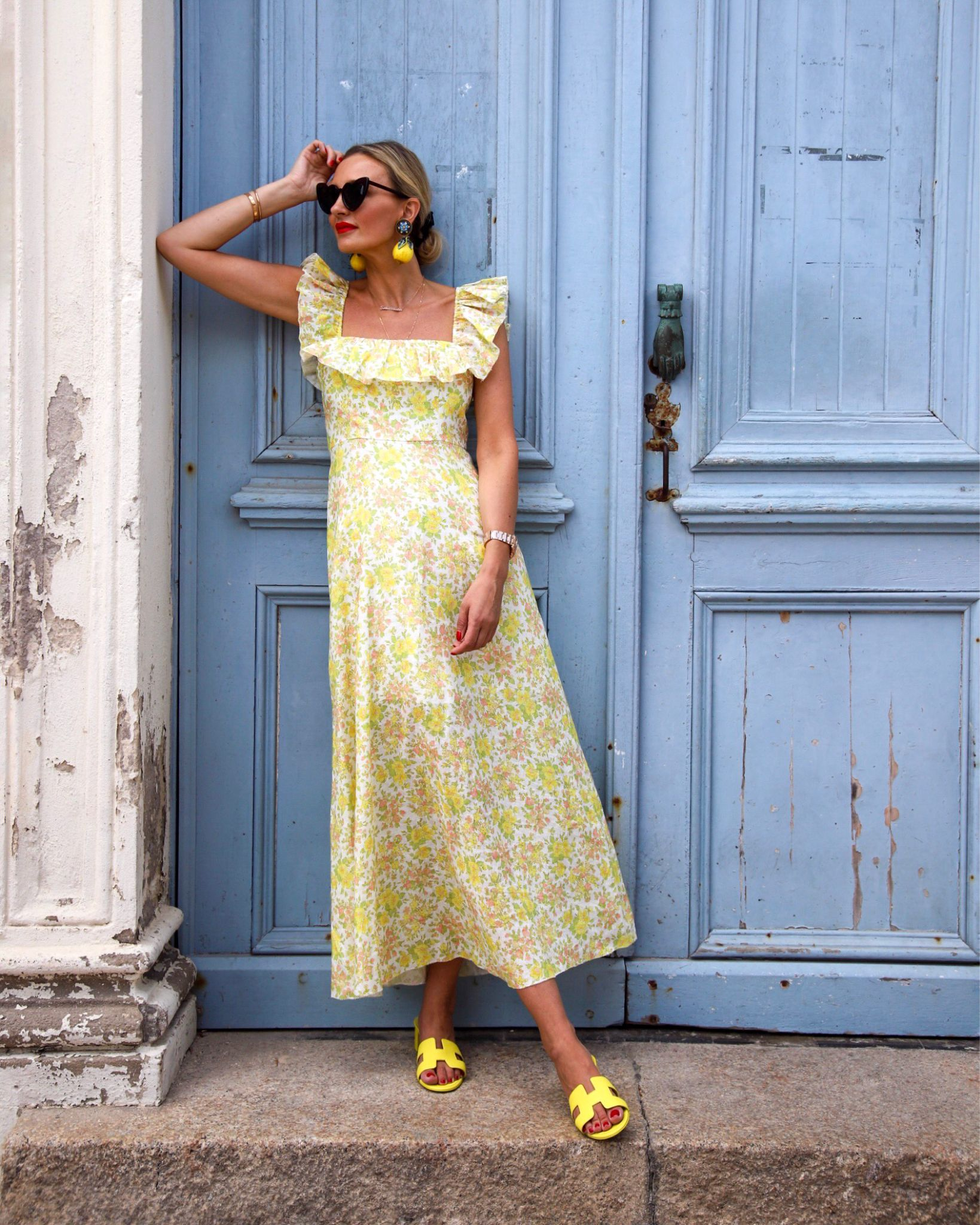 Vacation Outfit Inspo A Line Long Dress Italian Outfit Blue Flower Print Dress [ 2048 x 1639 Pixel ]
