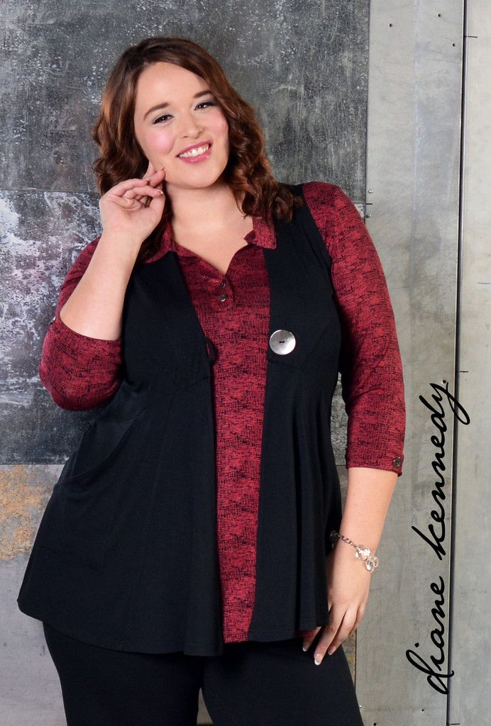 Love the look of a crisp collared shirt? We have the comfiest alternative: The Soft Shirt. Wear it with any of our pants to the office or with jeans for a more casual look. Garnet Ibiko print is new for Fall, is a soft red crosshatch pattern over black. #dianekennedy #plus #regular #plusfashion #fashionover40 #fashionover50 #eco #sustainable #madeincanada  #fall2015 #modernwoman #localclothing #elegant #bambooclothing #officeclothing #shirt