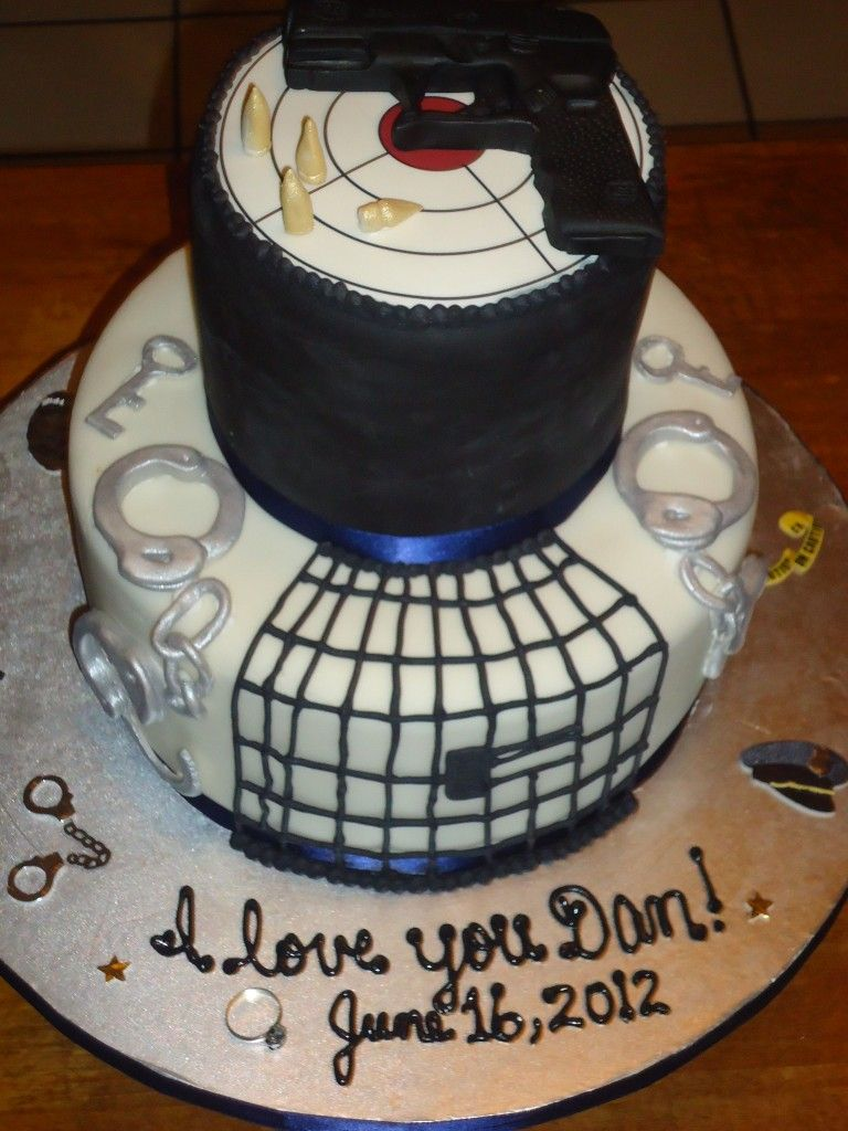 Pin By Sharon Cryer On Holiday Welcome Home Cakes Police Cakes Correctional Officer