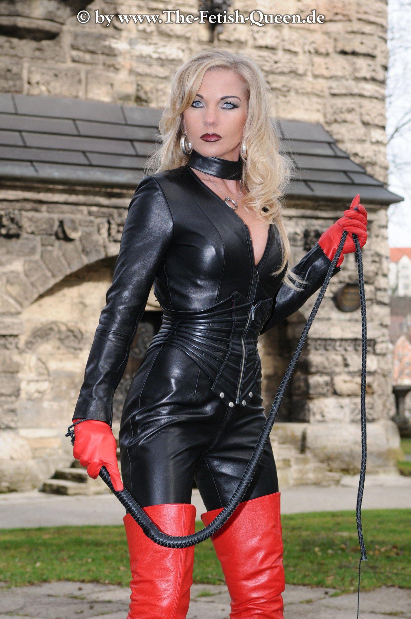Kinky leather slave fae corbins amateur bdsm and hot wax 9