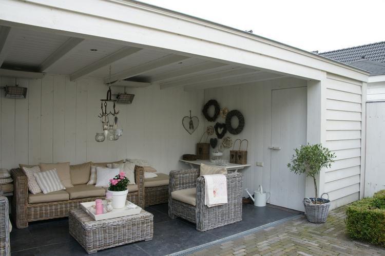Vrijstaande houten veranda in tuin buitenkeuken veranda pinterest veranda en tuin - Kleine prieel ...
