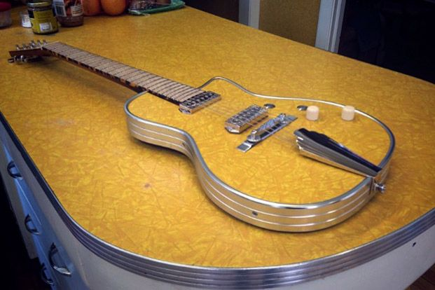 Daddy Mojo's Ozark Guitar Incorporates Formica and 85-Year-Old Pine #guitarbuilding