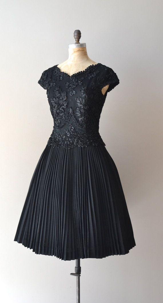 1950s Dress Thinking Maybe Something Like This But With