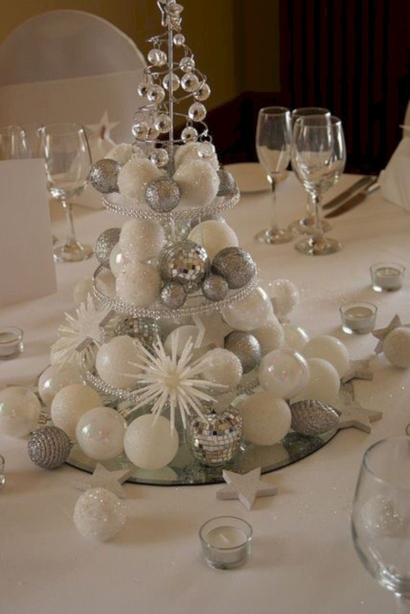 46 Stylish Silver And White Christmas Table Centerpieces Ideas Roundecor Christmas Centerpieces Christmas Table Decorations Christmas Table Centerpieces