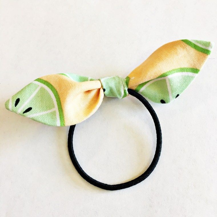 Hair Tie Bow Tutorial - Simple Simon and Company