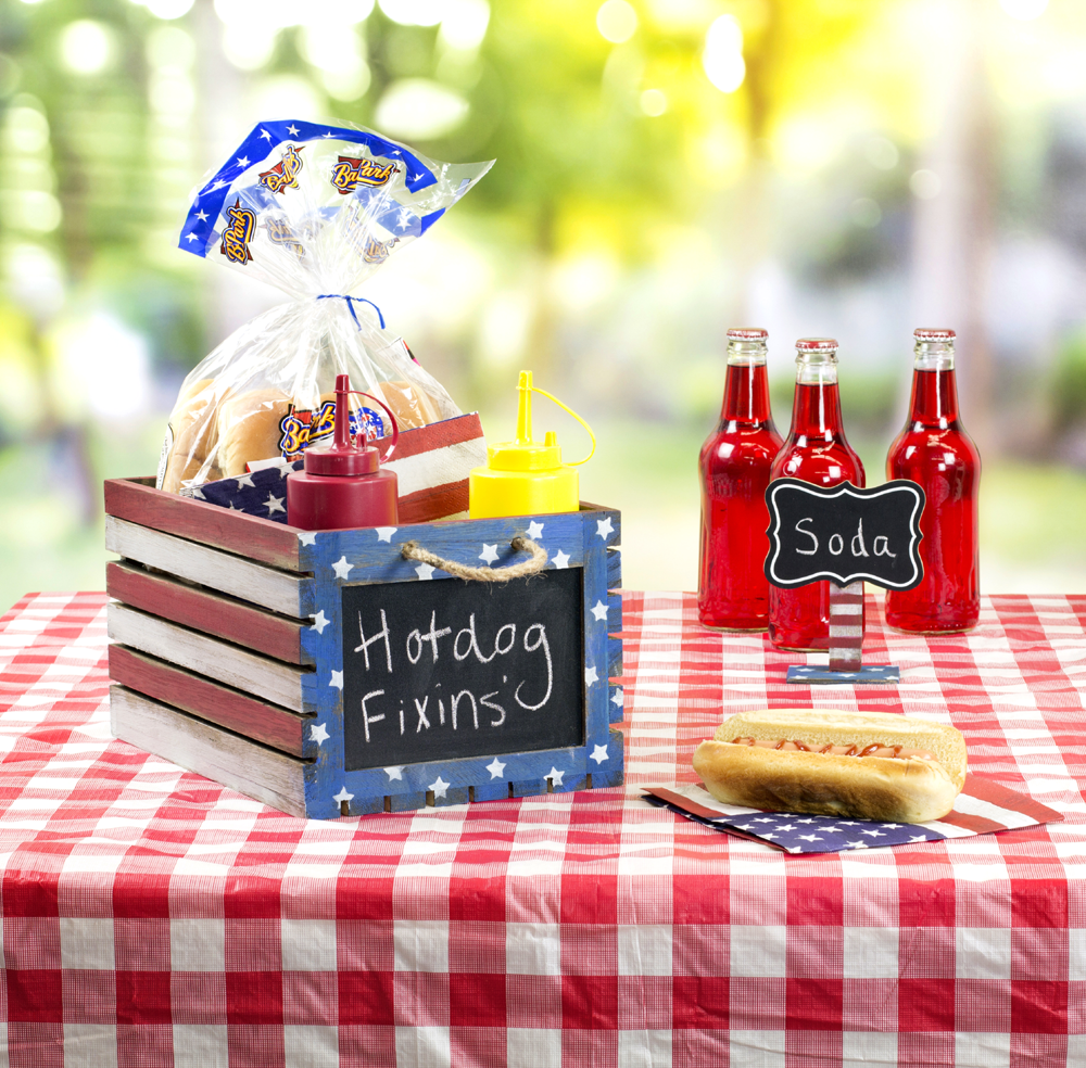 patriotic food crate u0026 signs diy fourth of july party decor
