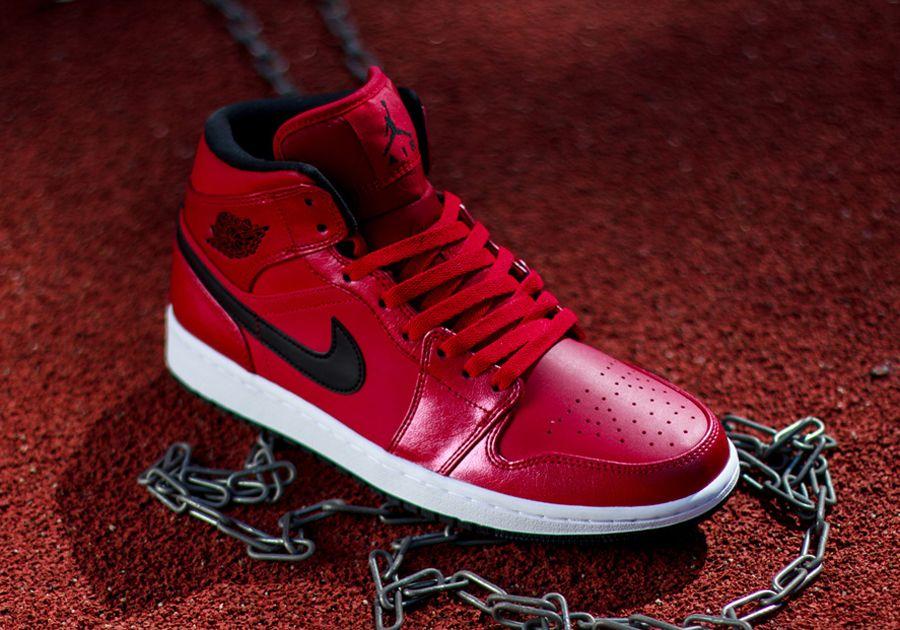 Nike Air Jordan 1 Mi Blanc Rouge Et Boum fourniture gratuite d'expédition officiel pas cher SAST pas cher MkI78q