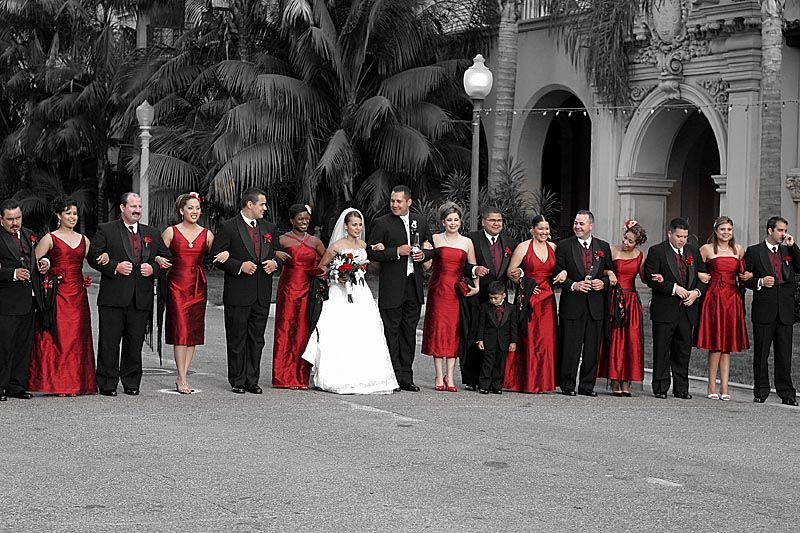 Snow And Roses Inspired White And Red Wedding Weddings In Italy