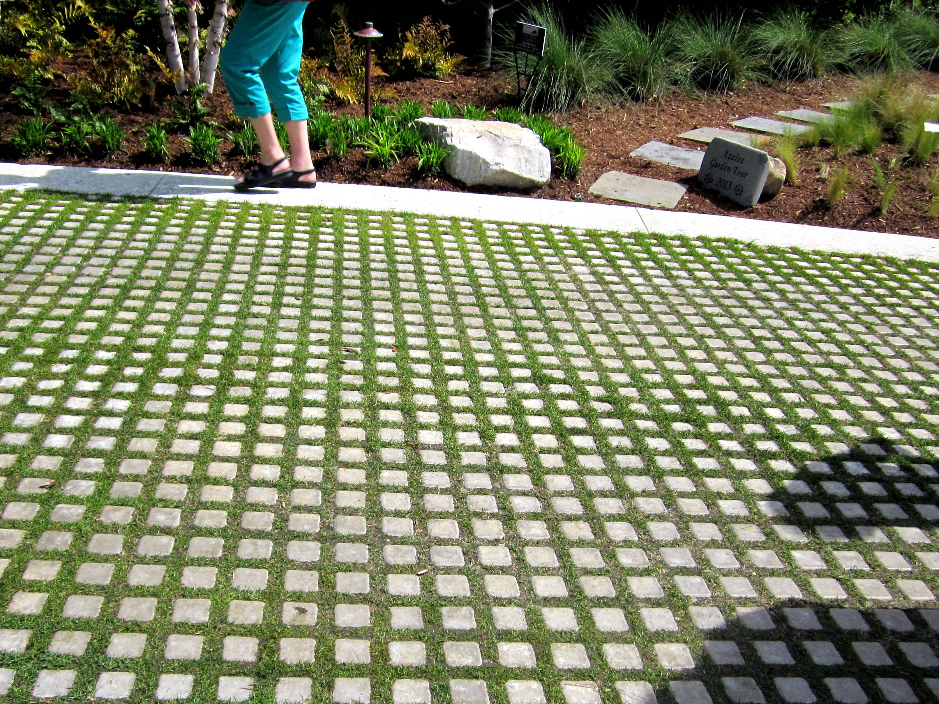 Permeable pavers offer an attractive solution to for Green pavers