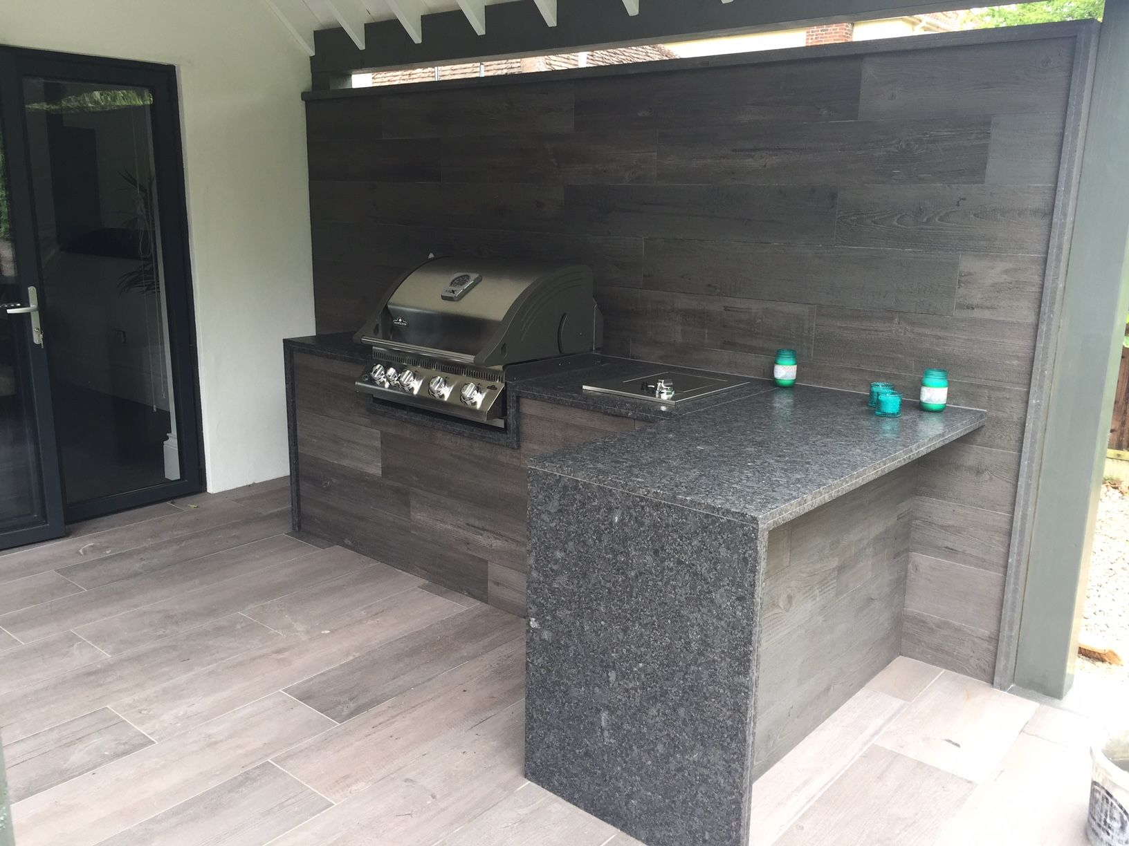Beau Outdoor Kitchen Created Using Valverdi Wood Effect Porcelain Tiles # Outdoorkitchen #woodeffecttiles #woodeffectpaving