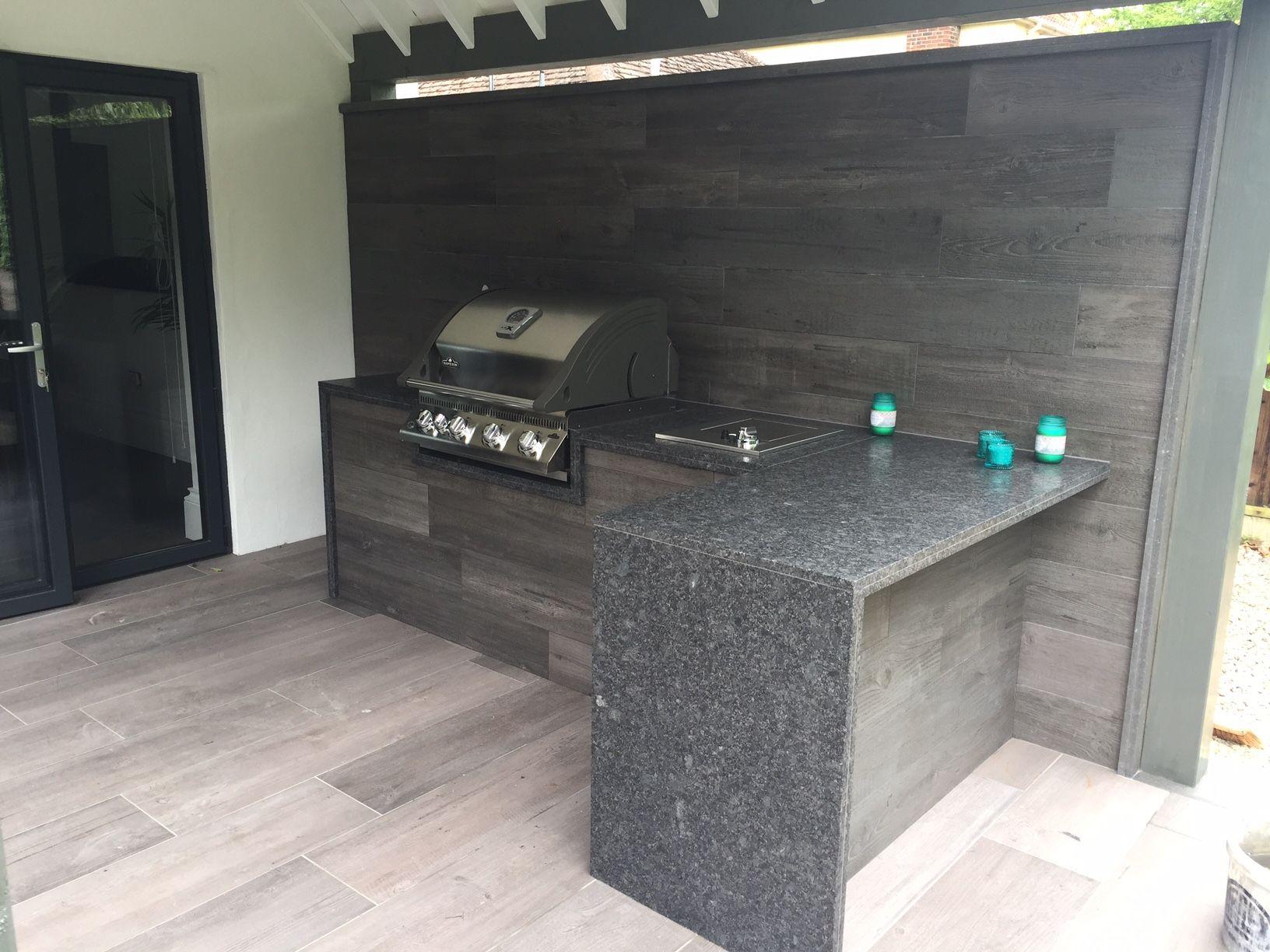 outdoor kitchen created using valverdi wood effect porcelain tiles