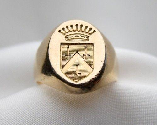 c. 1910 Gold signet Ring