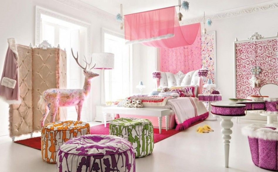 Bedroom, : Gorgeous Lace Nuance Teenage Girls Bedroom Makeover Ideas With Embossed Folding Dressing Screen, Pink Tulle Beds Fabric Ornaments, Cute Big Deer Doll Also Fancy Splat Round Shape Cushion Seat Design