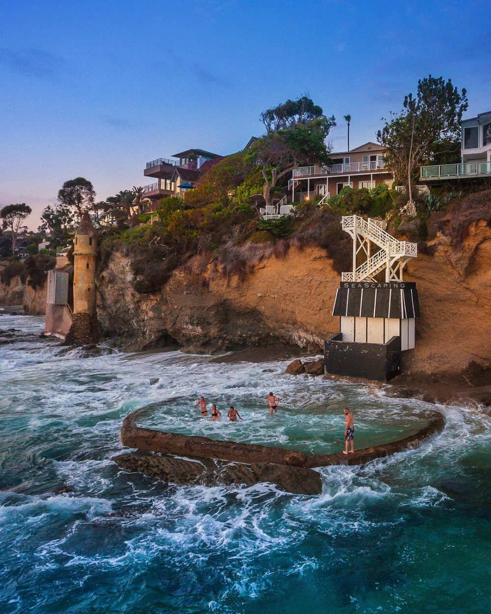 This Hidden California Ocean Pool Is Located At One Of California's Most Beautiful Beaches - Narcity