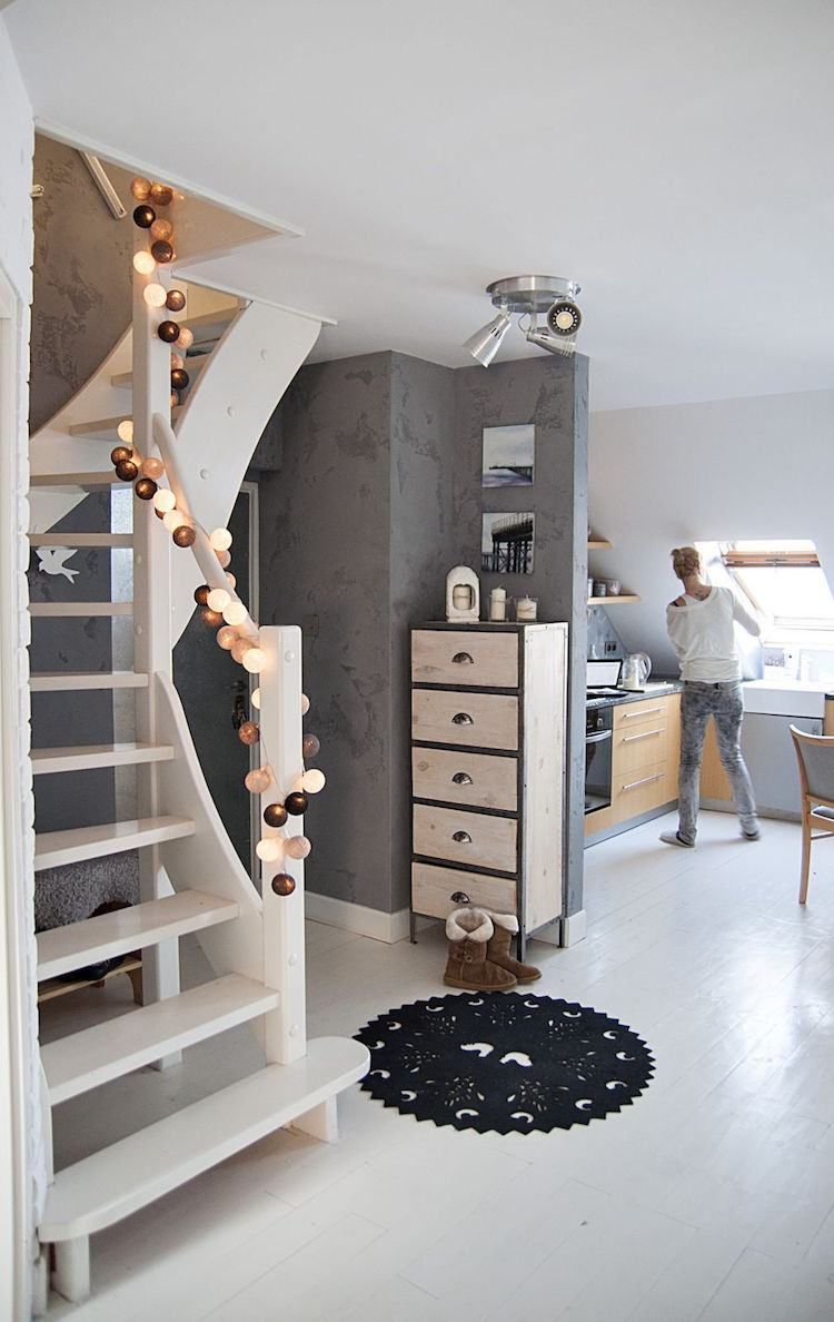 d coration de no l 2017 la guirlande lumineuse boule nous fait craquer deco guirlande. Black Bedroom Furniture Sets. Home Design Ideas
