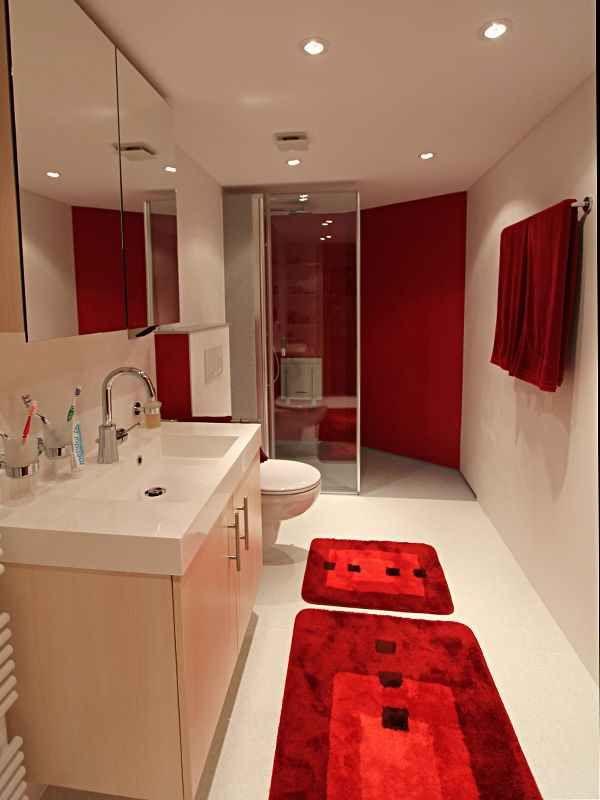 fu boden aus mineralwerkstoff wie duchstasse wanddekorpaneele spanndecke 24h bad renovierung. Black Bedroom Furniture Sets. Home Design Ideas