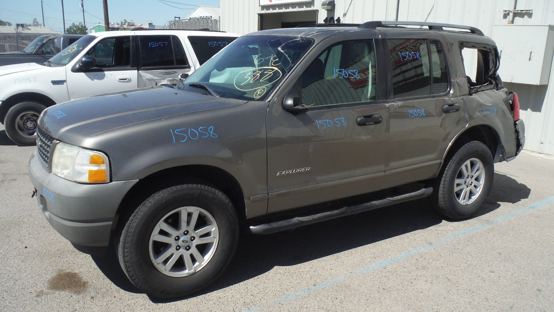 2002 Ford Explorer Xls 2wd 4 0l With 123k Miles Ford Explorer Ford Trucks