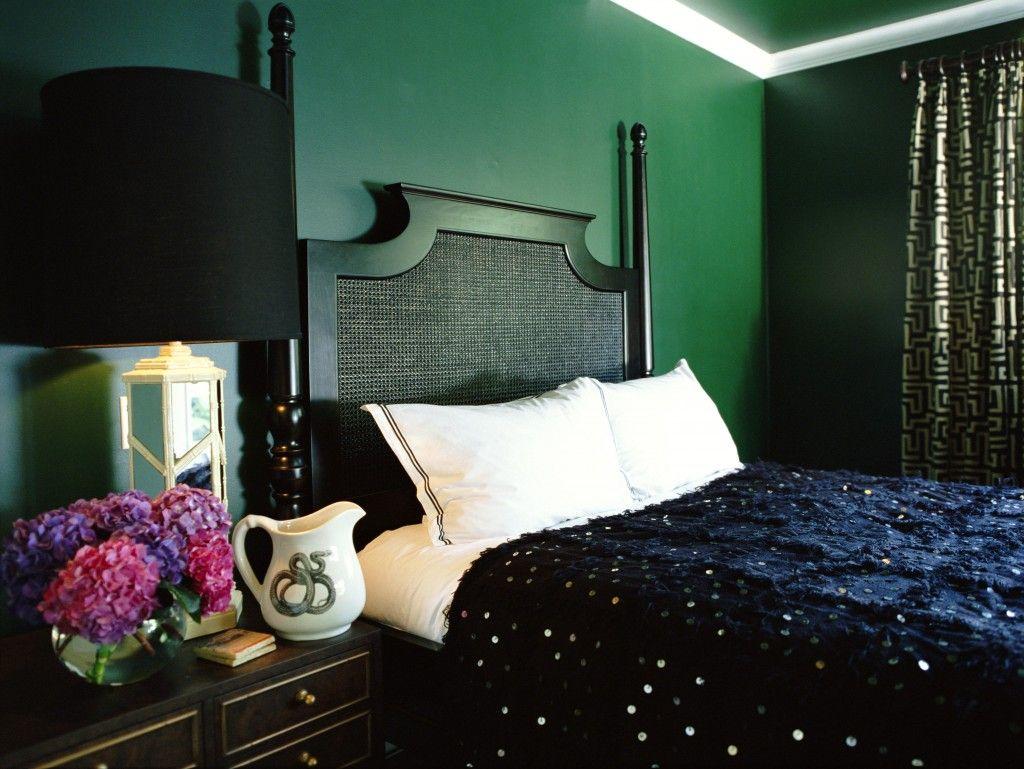 dark green walls dark green walls