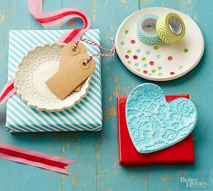 40 Christmas Craft Ideas To Try This Year: 30 Decorative Clay Dishes You Can Make Yourself