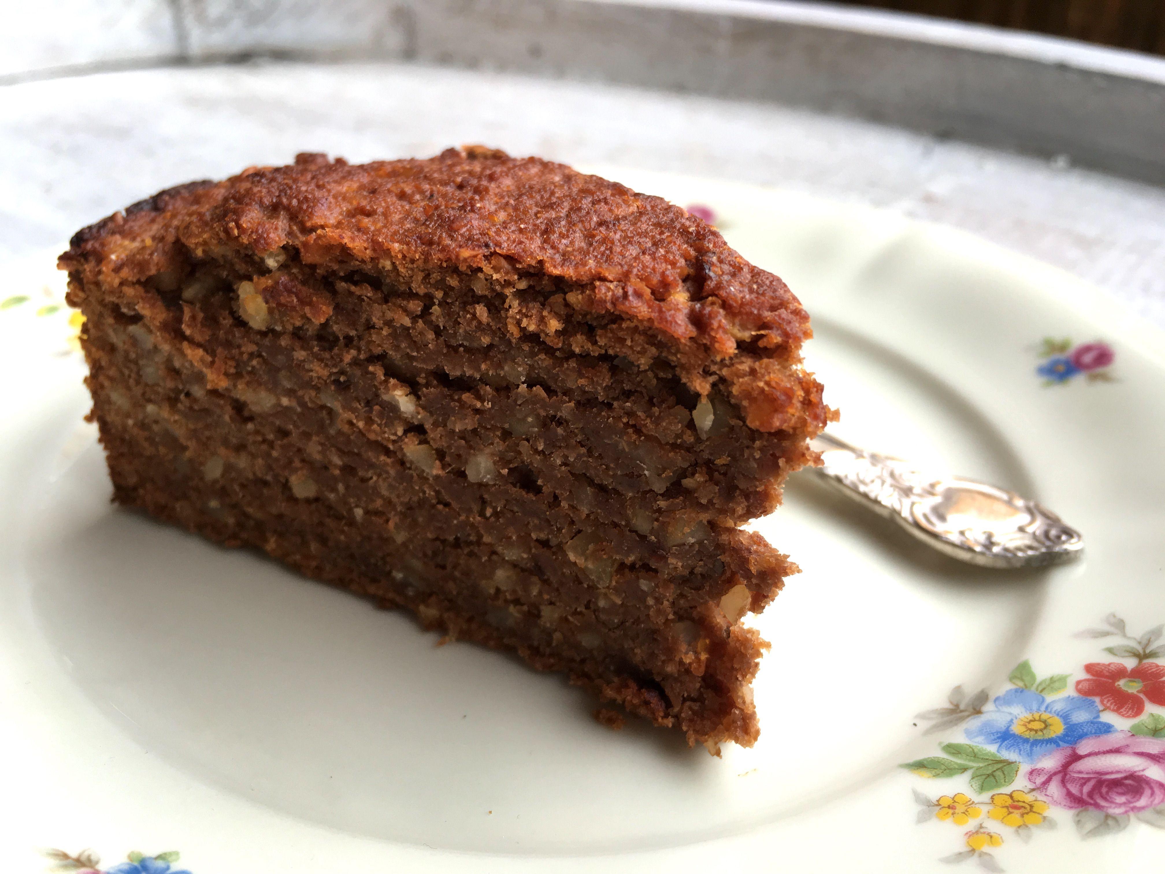 Veganer Saftiger Schokoladen Nuss Kuchen Auf Basis Von Karotte Apfel Apfel Nuss Kuchen Vegan Schokoladen Kuchen Einfach Gesunde Kuchen Rezepte
