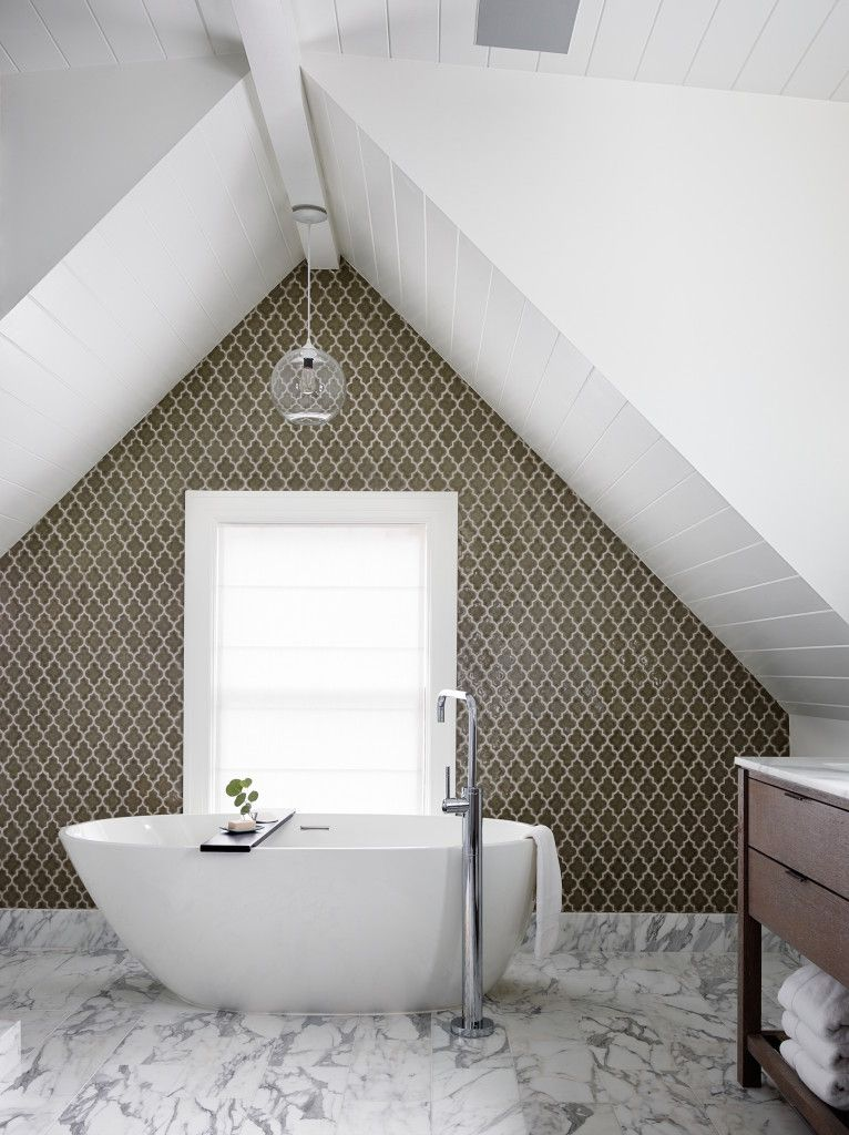 tub and mosaic wall detail | Bathroom | Pinterest | Mosaic wall ...