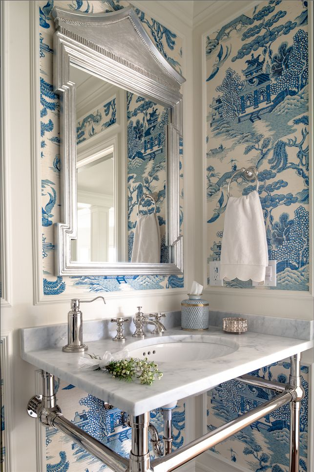 blue & white chinoiserie toile wallpaper in the powder