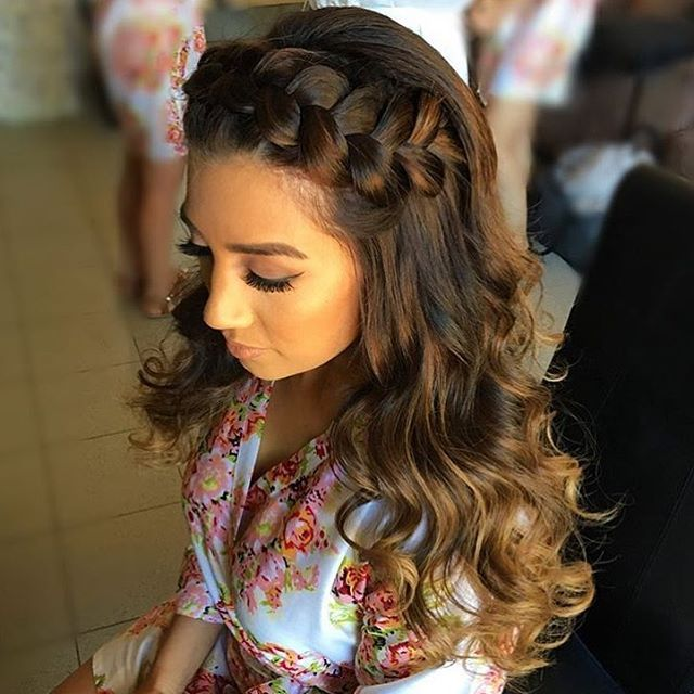 Quirky Wedding Hairstyle: V-DAY Hair Inspo! Quirky & Chic! We This Look! By @vdhair