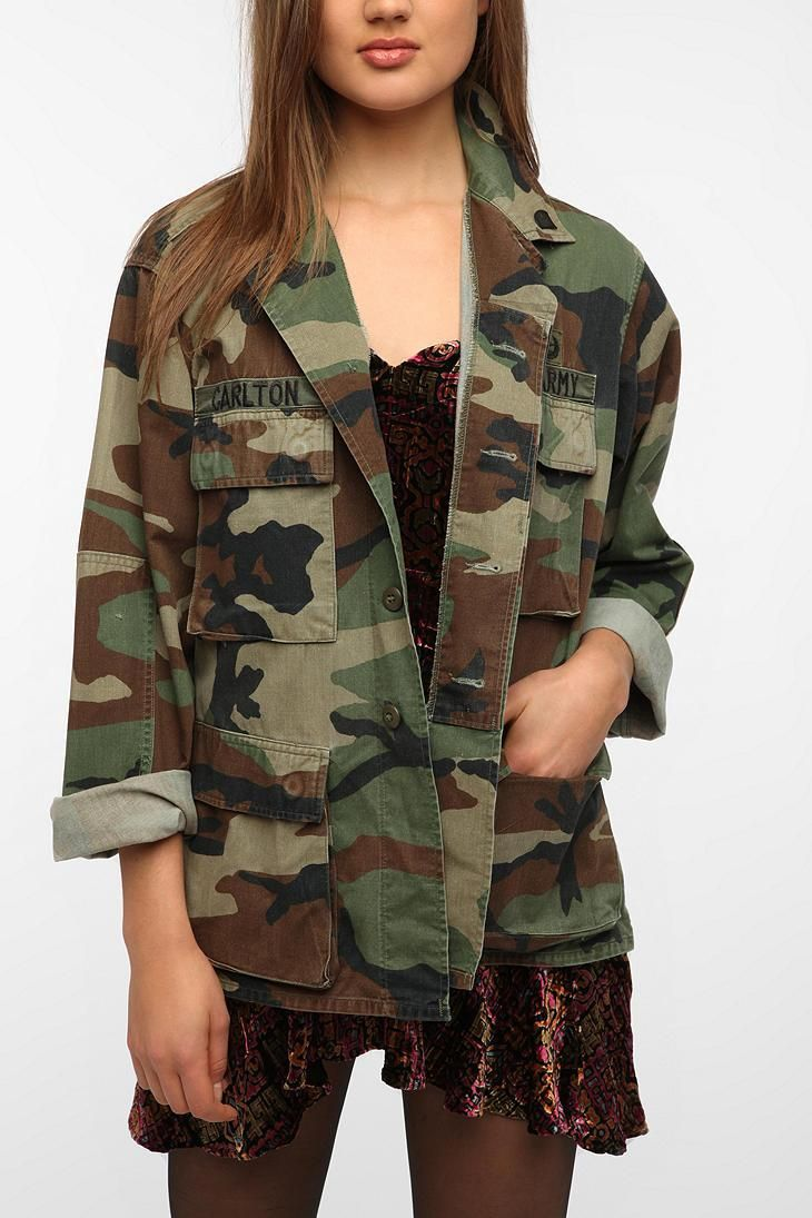 Urban Renewal Vintage  Oversized  Camo Jacket  urbanoutfitters I WILL PUT A