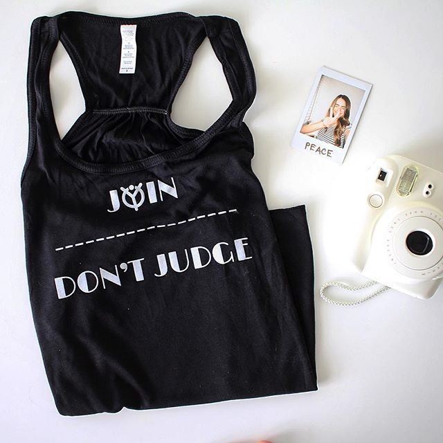 If you're too busy judging, you have no time for loving. JOIN don't JUDGE! #acceptme #weacceptme #join #judge #ootd #flatlay #outfit #qotd #quote #truth