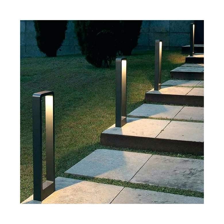 Low Voltage Led Landscape Lights Kits Outdoor Low Voltage Led Lighting Aluminum Fence Low Vo Landscape Lighting Design Backyard Lighting Garden Lighting Design
