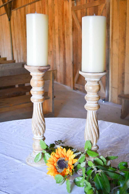 Wedding ceremony barn, wedding décor. Rustic barn wedding