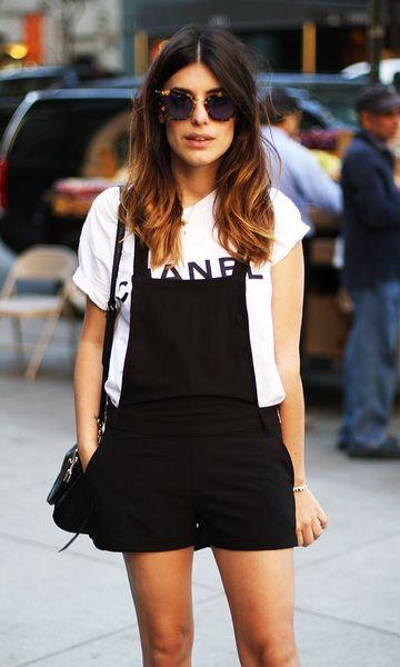 Look: Jardineira + T-shirt