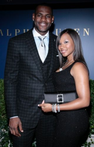 Players wives famous nba with Top 11