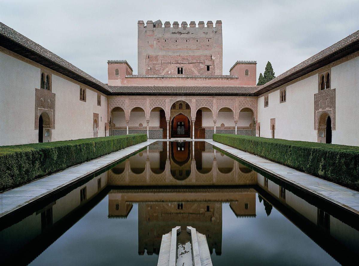Palacio de Comares. Second section of the entrance hallway to the Patio de los Arrayanes from the Patio de Comares