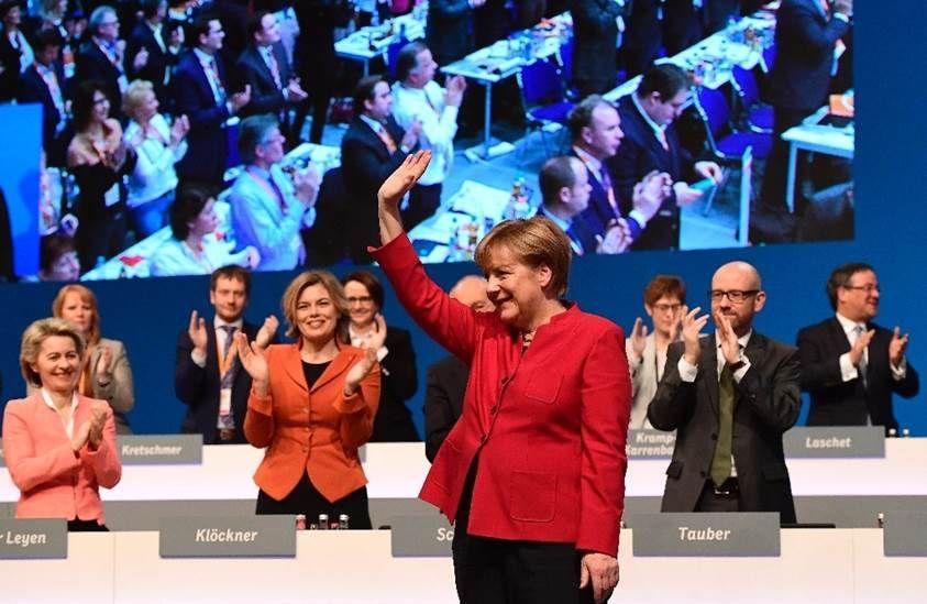 Merkel pide que las grandes multinacionales paguen más impuestos