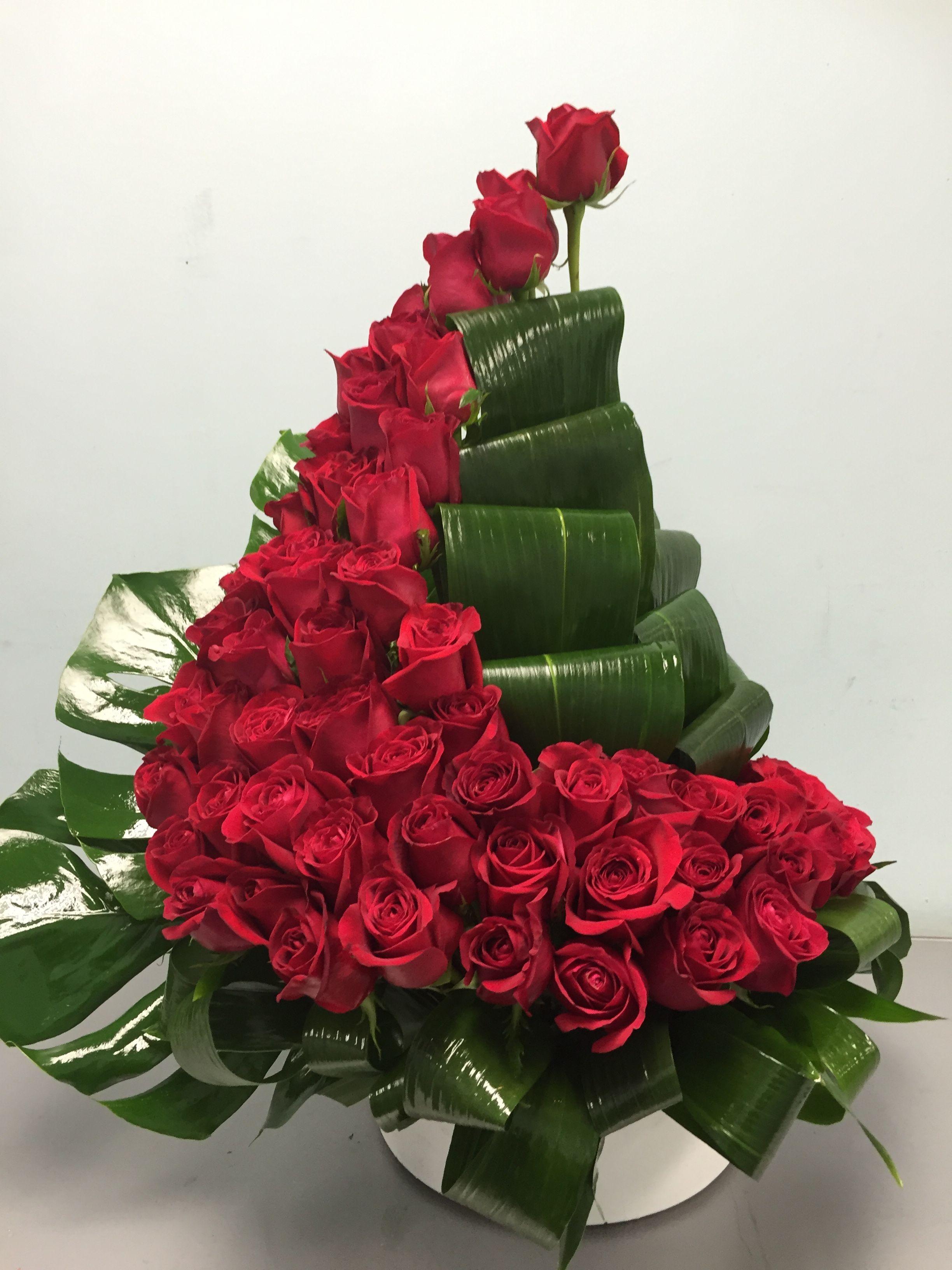 Exclusive Rose Design Red Rose Arrangements Fresh Flowers Arrangements Large Flower Arrangements