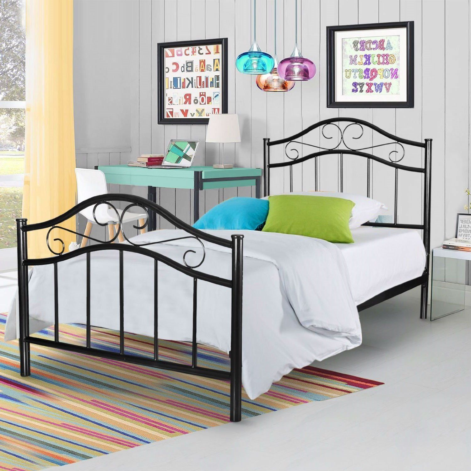 Twin size Simple Black Metal Platform Bed Frame with