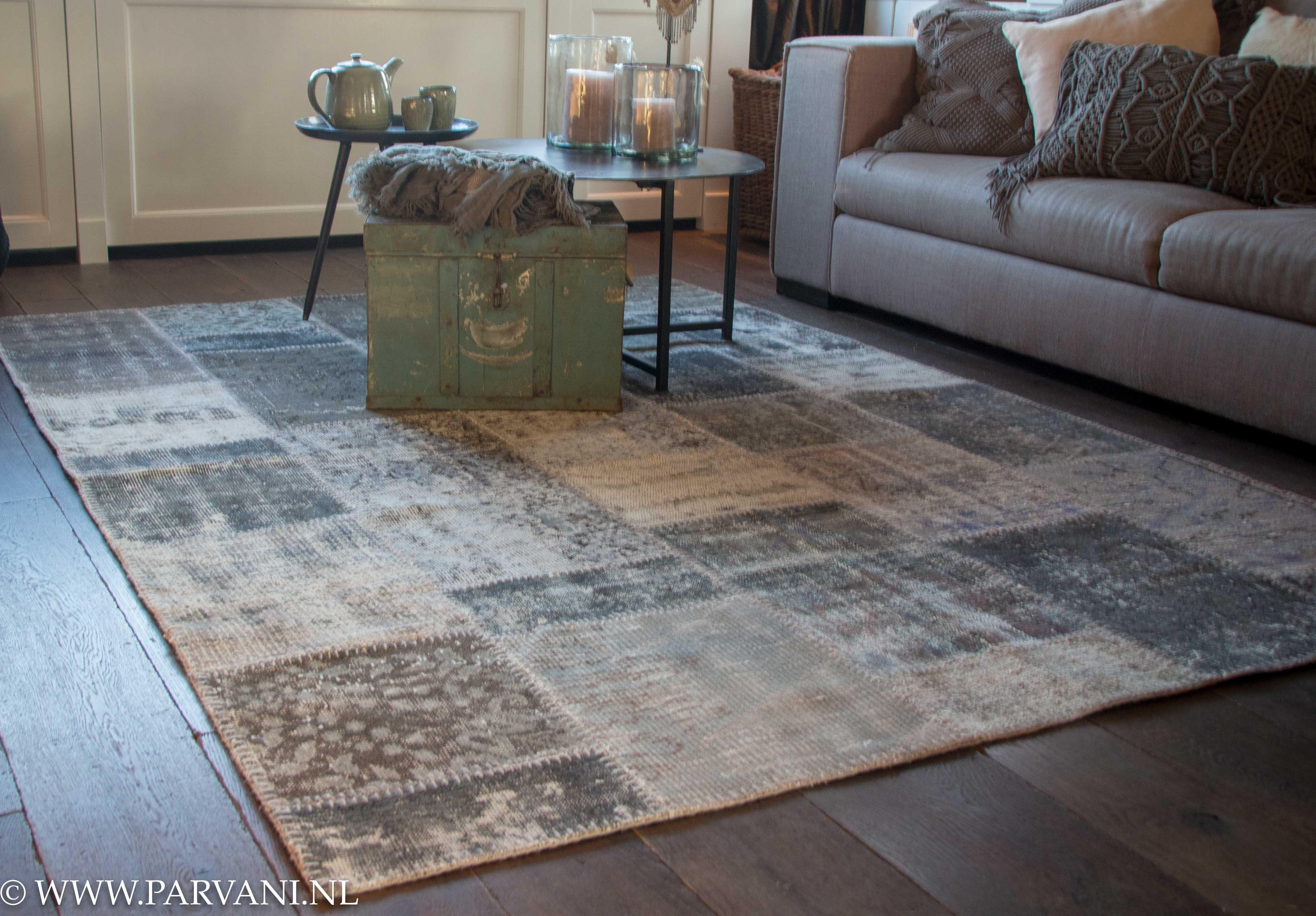 Parvani Vintage patchwork tapijt in mooie grijsgroene