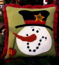 Free Printable Primitive Snowman Patterns   Wool/Felt Winter/Christmas Patterns- Erica\u0027s Craft. Wool Applique PatternsPillow ... & Free Printable Primitive Snowman Patterns   Wool/Felt Winter ... pillowsntoast.com
