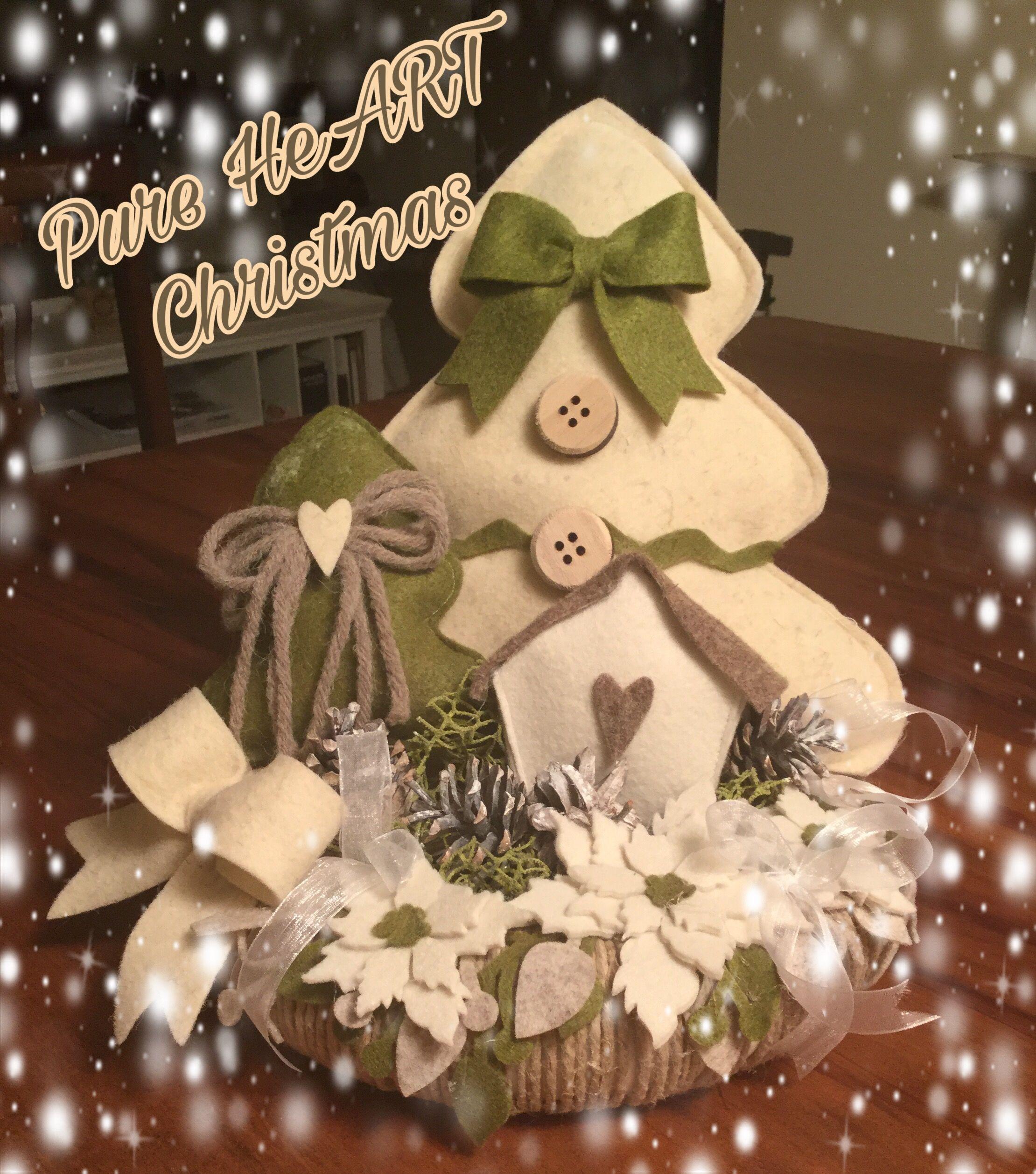 paesaggio natalizio feltro e pannolenci  Adornos navideos  Christmas decorations