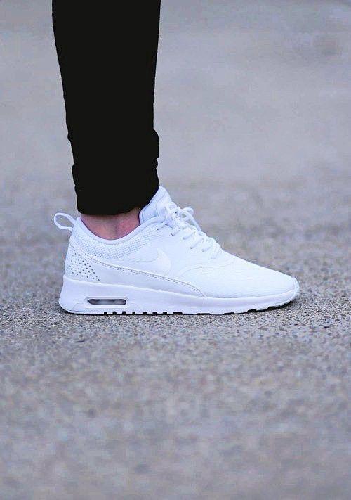 NiKe ?? | White nike shoes, Nike shoes