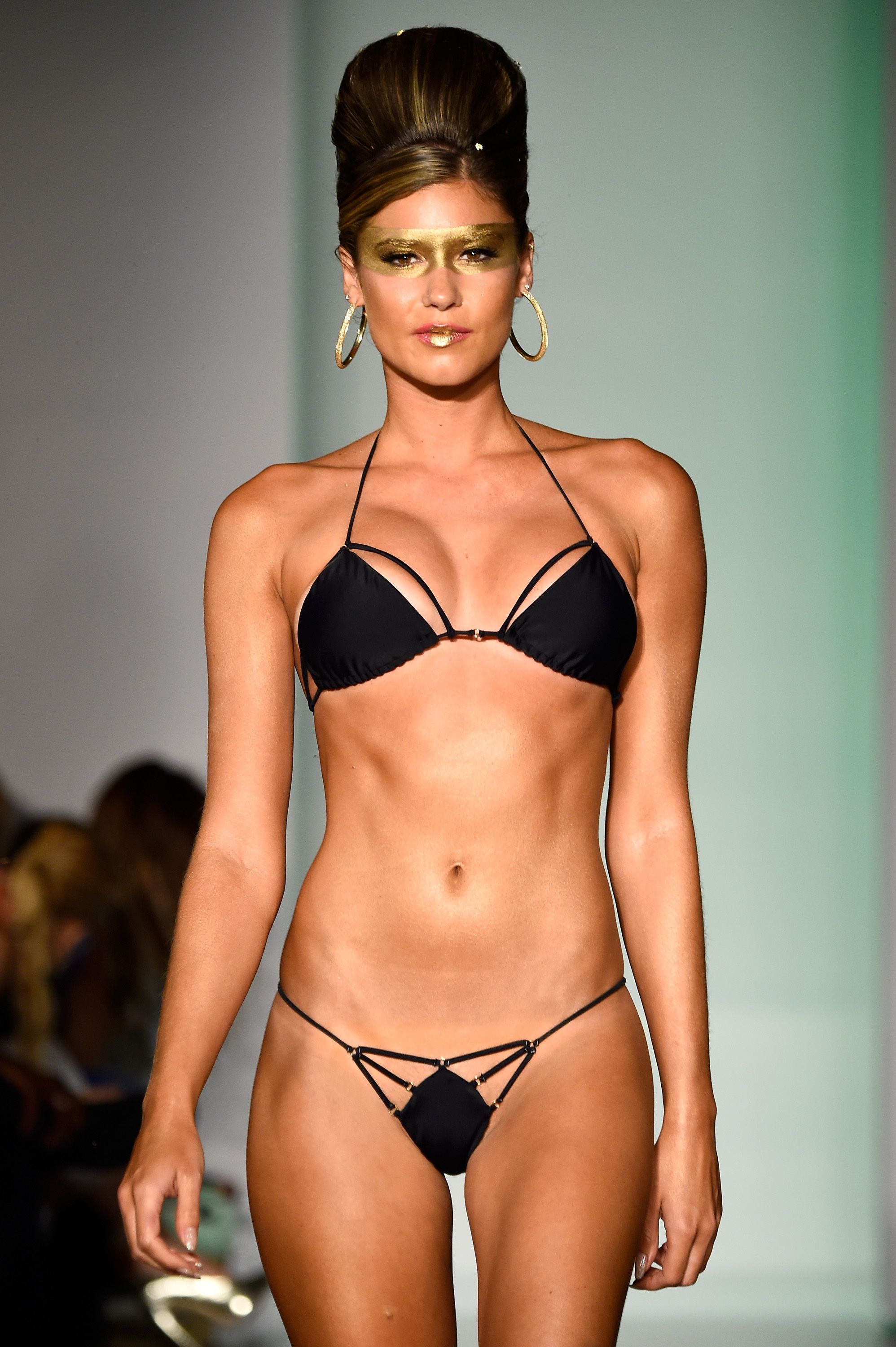 20 Trendy Swimsuits That Will Give You Super Weird Tan Lines