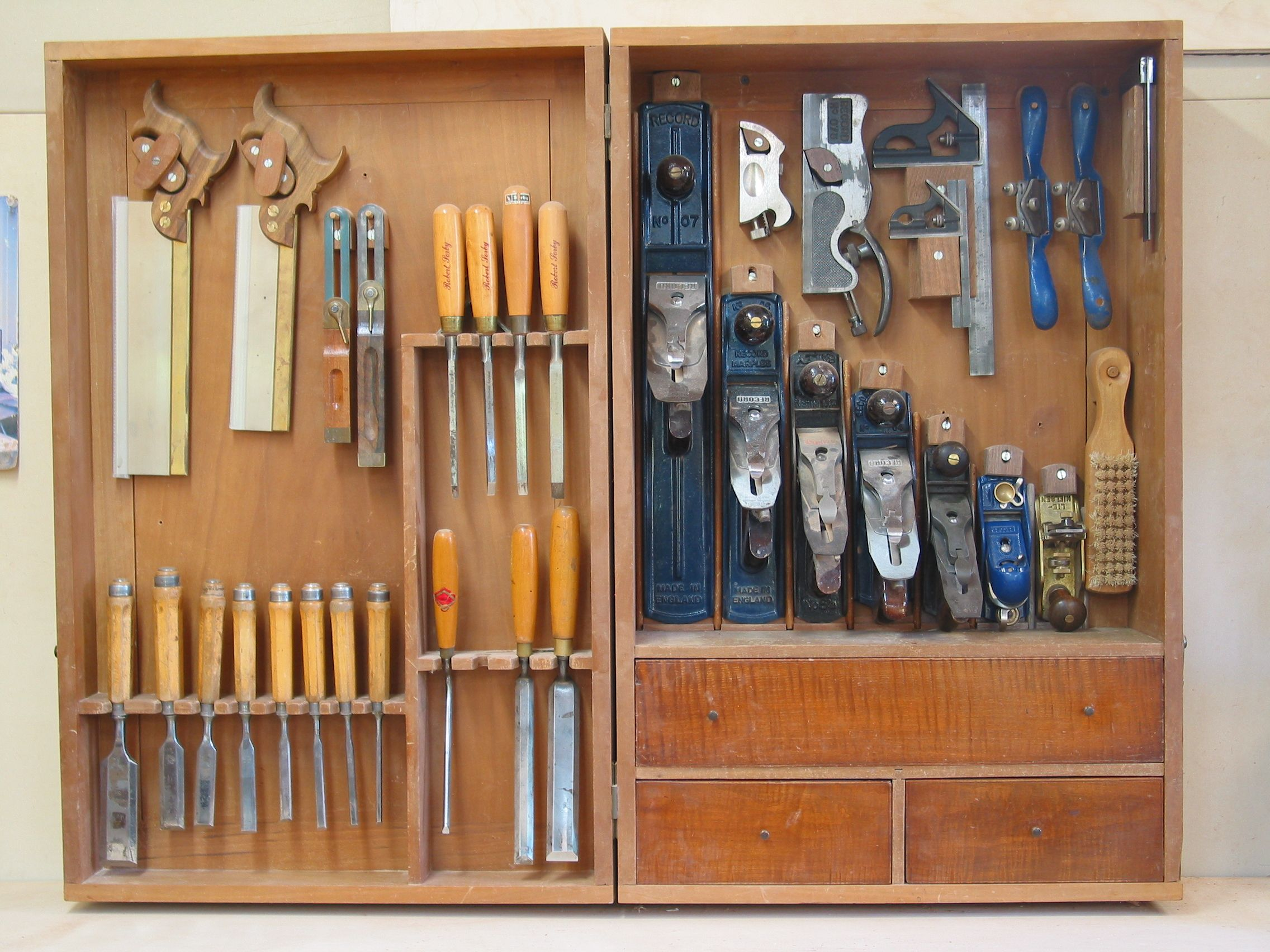 Tool cabinet ideas | Woodworking school | Pinterest | Tool ...