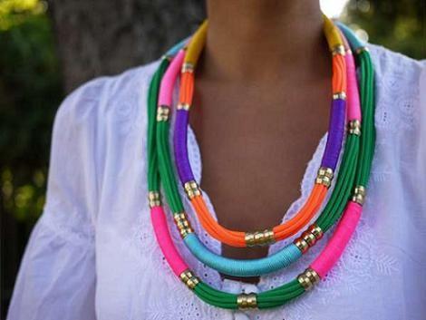 Collares etnicos colores