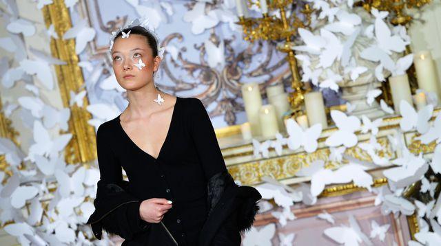"""La Haute Couture, une """"vitrine exceptionnelle"""""""